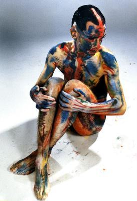 © 1994 Toni Seppi - Maske: Martin Geisler - Dieses Körperbild war die Idee und Wunsch von Martin. Er hat die Technik lange vorbereitet und dieses Bild widme ich seiner geistigen Disziplin.